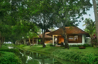 legacies of kerala package kumarakom lake resort luxury villa
